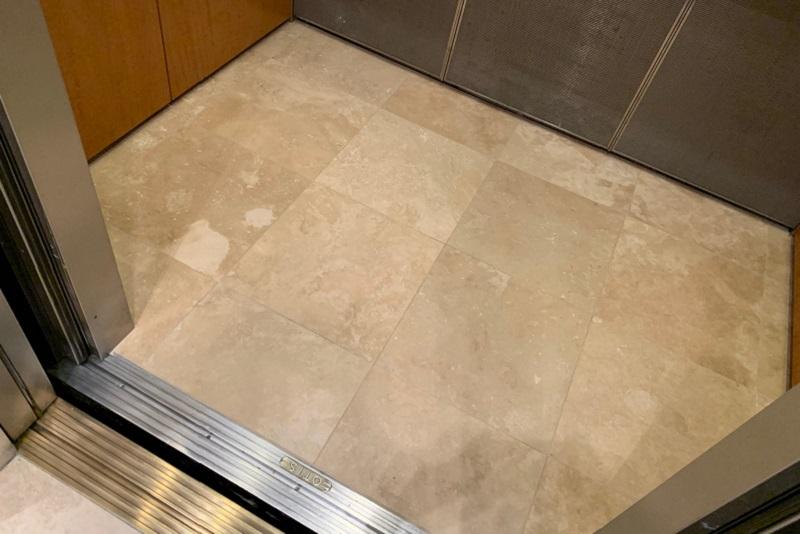 Kinh nghiệm chọn nền lát đá trong cabin thang máy đẹp, sang trọng